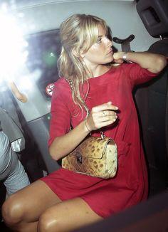 Sienna Miller - Sienna Miller Gets in a Cab