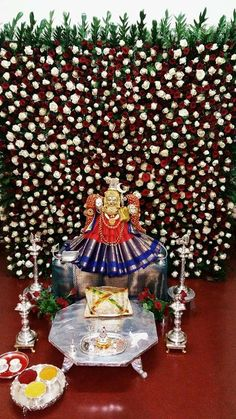 Trendy flowers decorations for home pooja 66 ideas Diwali Decorations, Festival Decorations, Flower Decorations, Wedding Decorations, Garland Wedding, Flower Decoration For Ganpati, Gauri Decoration, Ganesh Chaturthi Decoration, Silver Pooja Items