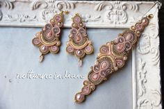 orecchini fatti a mano con quarzo rosa e perle di notturnoindiano