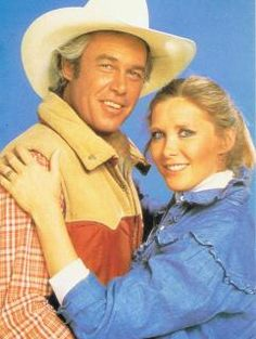 Dallas Ray and Donna Krebbs Southfork Ranch, Dallas Tv Show, Real Tv, Sci Fi Shows, Great Novels, Texas, Kino Film, Classic Tv, New Series