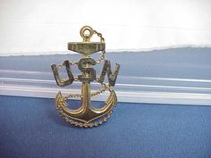 Vintage US Navy Anchor Pin Sterling G. Filled   $45