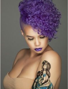 purple hair and lips-nice! Love Hair, Big Hair, Gorgeous Hair, Pretty Hair, Purple Natural Hair, Purple Hair, Curly Hair Styles, Natural Hair Styles, Pelo Afro