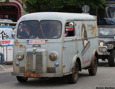 Old Peugeot Van