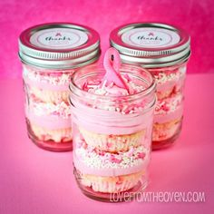 I LOVE this idea putting the cupcakes down in jars as a gift or a fundraising item!