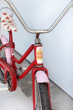 SALE Vintage Strawberry Shortcake Bicycle by 86home on Etsy, $178.50