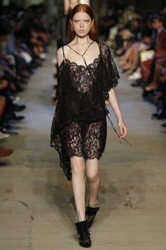 Givenchy Spring 2016 Ready-to-Wear Fashion Show - Varya Shutova