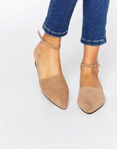 Bild 1 von London Rebel – Flache, spitze Schuhe mit Knöchel- und Fersenriemen