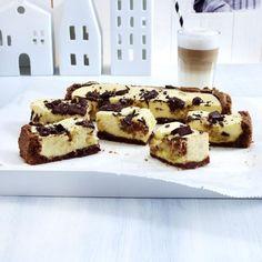Chocolate Chip Cookie Dough Cheesecake-Squares Rezept | LECKER