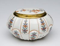 Box  Made in Chantilly, France, Europe c. 1740  Made by the Chantilly porcelain factory, Chantilly, France, c. 1730 - 1792  Soft-paste porcelain, tin-glazed with enamel decoration; gilded metal