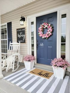 Small Front Porches, Front Porch Design, Front Porch Flowers, Farmhouse Front Porches, Small Porch Decorating, Decorating Ideas, Love Your Home, Front Door Decor, Front Door Colors
