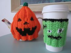 Frankenstein Halloween cup cosy wristband and Jack O' Lantern pumpkin tea cosy #TeaCosy #Halloween #knitting