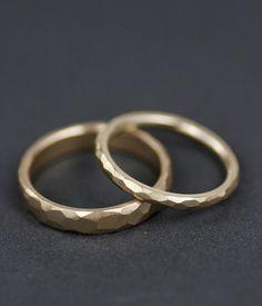 Modern facettierten Eheringe set Männer oder Frauen 14K von lolide