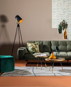 Woontrend Intense Nature - Hoekbank Empoli The newest living trend at Trendhopper: Intense Nature. Living Room Inspiration, Living Room Green, Living Room Sofa, Interior Inspo, Living Room Corner, Corner Sofa Modern, Living Room Warm, Sofa Inspiration, Yellow Living Room