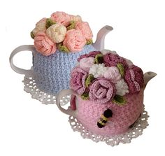 Quick & easy to make this 4-6-cup Tea Pot Cosy, called Rose Garden Bouquet Tea Cosy Pattern You can almost smell the violet and rose perfume coming out of this bouquet! You will learn to make an open & a closed rose, carnations, leaves & our logo the honey bee Not only make it for yourself, but what a lovely birthday or special gift to someone, especially if they have everything or you have run out of idea what to give! Lots of photos & step-by step photos are given to compliment the…