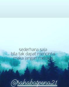 "#pesonasenja di Instagram ""#qoutesindonesia #qoutes #quotesindonesiagirls #qoutescinta #musikalisasipuisi #musicallyindonesia #viralqoutes #viralvideos…"" Arabic Calligraphy, Instagram, Musik, Arabic Calligraphy Art"