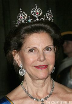 Royal Tiaras: Queen Silvia of Sweden wears the King Edward VII Ruby Tiara Crown Princess Victoria, Crown Princess Mary, Royal Tiaras, Royal Crowns, Princess Madeleine, Princess Margaret, Greek Royal Family, Queen Of Sweden, King Edward Vii