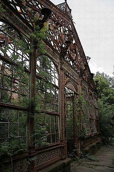 Villa Maurogordato in Livorno-Giardino d'inverno - abandoned conservatory in Italy