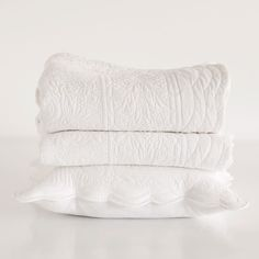 Damask cotton quilt and cushion cover - Quilts - Bedroom   Zara Home United Kingdom