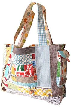 Quilting Digest Page Liked · October 11 · Edited ·     This quilt-as-you-go bag is roomy, charming and makes good use of fabric leftovers! http://quiltingdigest.com/26-quilt-as-you-go-tutorials/2/  UPDATE: The tutorial has disappeared from the page it was originally linked to. We'll keep trying but so far have been unable to locate it. Meanwhile, we can admire how cute this bag is.