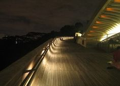 Foto de Euroden SL. Puente Henderson Wave #Singapur vía @fierasdelainge