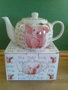 Omg this is awesome! Pet Pigs, Baby Pigs, This Little Piggy, Little Pigs, Pig Kitchen, Tout Rose, Piggly Wiggly, Vibeke Design, Pig Pen