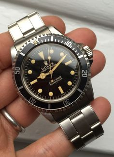 Bring a Loupe: Five Great Post-Christmas Watches Including Potentially The Nicest Gilt Submariner We've Ever Seen (Ever) Men's Watches, Fossil Watches, Cool Watches, Fashion Watches, Rolex 5513, Rolex Submariner 5513, Rolex Vintage, Vintage Watches, Best Watches For Men