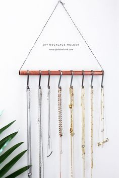 fashionlush, DIY Necklace Holder, minimalistic home decor