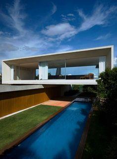 Olser House of Marcio Kogan in Brazil