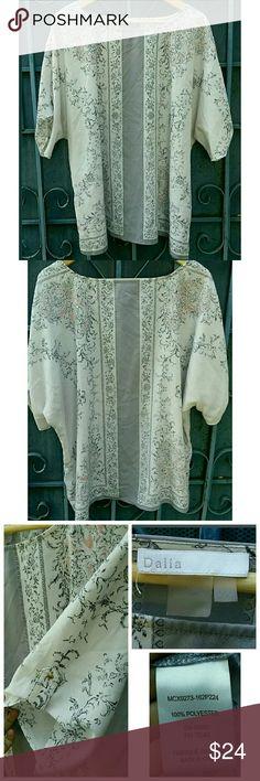 DALIA women's Blouse Size 2x Dalia Womens Blose 2X Style MCX9273 White flowing Dalia Tops Blouses