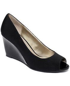Bandolino Shoes, Tufflove Wedges