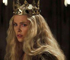 Картинки по запросу Злая Королева