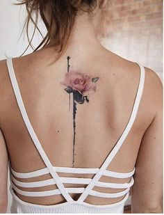 Rose tattoos for women are the latest in-vogue fashion. We cover the most popular rose tattoos for women, their meanings, and examples. Body Art Tattoos, Girl Tattoos, Small Tattoos, Tattoos For Guys, Spine Tattoos For Women, Amazing Tattoos For Women, Female Back Tattoos, Back Tattoo Women Upper, Back Tattoos Spine