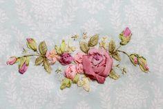 Silk Ribbon Embroidery, Hand Embroidery, L'art Du Ruban, World Crafts, Ribbon Art, Vintage Roses, Wardrobe Ideas, Flower Making, Monograms