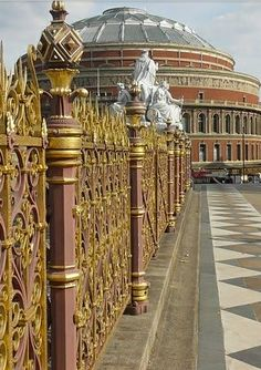 London England :: Royal Albert Hall √ http://en.wikipedia.org/wiki/Royal_Albert_Hall http://www.royalalberthall.com/