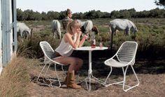 Ensemble de jardin Fermob chaises Sixties table Flower
