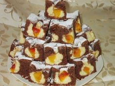 Hozzávalók a tésztához: Sweet Cookies, Cake Cookies, Torte Cake, Winter Food, Cookie Recipes, Delicious Desserts, Food To Make, Good Food, Food And Drink