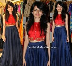 Navy blue plain long skirt paired with red embroidered crop top by Talasha, Hyderabad. Related PostsEesha in Long Skirt and Crop TopHebah Patel in Jayanthi ReddyShamili in Crop Top and LehengaLakshmi Manchu in Aneekha