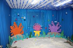 Eager Little Mind: Under the Sea Decorations for VBS. Blue tablecloths for walls Vbs Themes, Ocean Themes, Under The Sea Theme, Under The Sea Party, Under The Sea Decorations, Ocean Party Decorations, Dance Decorations, Submerged Vbs, Underwater Theme