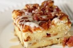 Maple, Bacon & Apple French Toast http://www.yummly.com/recipe/Maple-Bacon-_amp_-Apple-Baked-French-Toast-Gourmand