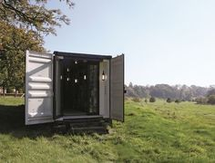 Poppytalk: My Cool Shed Container House Design, Tiny House Design, Container Homes, Green Architecture, Sustainable Architecture, I Cool, Cool Stuff, Cool Sheds, Shed Cabin