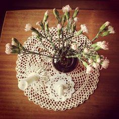 Her bor Mari Interior, Plants, Garden, Interieur, Garten, Indoor, Planters, Gardening, Outdoor