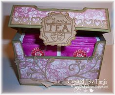 Hallo Ihr Lieben, herzlich Willkommen zu unserer neuen Ausgabe. Heute möchte ich Euch eine Box zeigen, in der man prima Tee oder Schokolade...