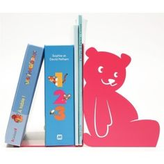 Large book end PETIT OURS (little bear). Designed by SHOHAN-design. Available at Darwin's Home on http://www.darwinshome.com/en/home-accessories/882-big-bookend-petit-ours.html