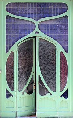 Majestic 34 Best Art Nouveau Architecture and Design https://vintagetopia.co/2018/03/11/34-best-art-nouveau-architecture-and-design/ The fashions of painting were varied