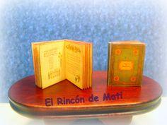 A Day in a Child's Life, libro de canciones en inglés, escala 1/12 miniatura para casas de muñecas. de ElRincondeMati en Etsy