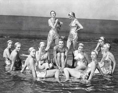 "Esther Williams and cast of ""Million Dollar Mermaid"", 1952"