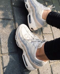 Nike Air Max 95 Essential Phantom Wolf Grey