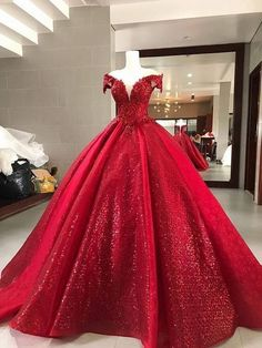 Elegant Red Ball Gown,Sparkly Sequin Quinceanera from Happybridal Elegantes rotes Ballkleid, glitzernde Pailletten-Quinceanera-Kleider, 988 · Happybridal · Online-Shop Powered by Storenvy Sparkly Prom Dresses, Pretty Quinceanera Dresses, Cheap Party Dresses, Pretty Dresses, Red Sweet 16 Dresses, Red Ball Gowns, Ball Gowns Prom, Ball Gown Dresses, Flapper Dresses
