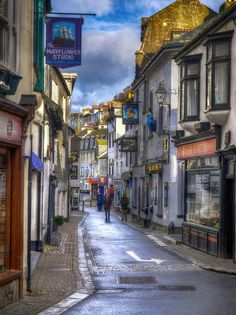 Fore Street in the little seaside town of Looe in Cornwall. England Ireland, England And Scotland, London England, Looe Cornwall, Devon And Cornwall, Places Around The World, Around The Worlds, Homes England, South West Coast Path