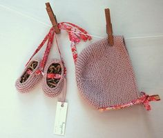 Ravelry: frogginette's Baby ballet booties and hat set